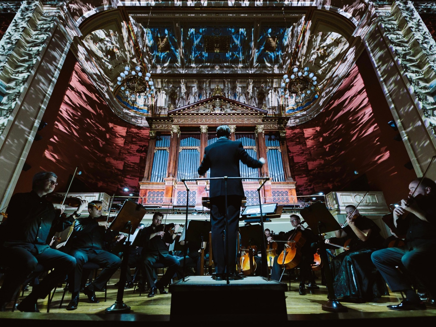 The Prague Radio Symphony Orchestra and conductor Jan Kučera at the Rudolfinum's Dvořák Hall, in Prague, Czech Republic. Photo credit: Dušan Vondra.