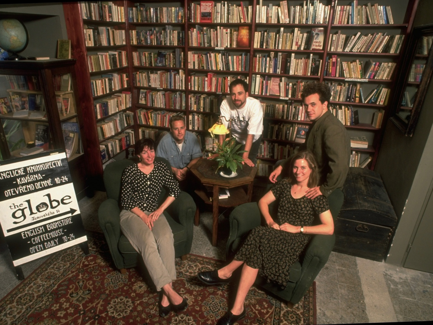 The five Globe founders in August 1993 in the shop in Prague, just a few weeks after the bookshop and coffeeshop opening: (R-L) Markéta Rogers (Janku), Scott Rogers, Mark Baker, Jasper Bear and Maura Griffin. Photo by Chris Niedenthal/The LIFE Images Collection/Getty Images